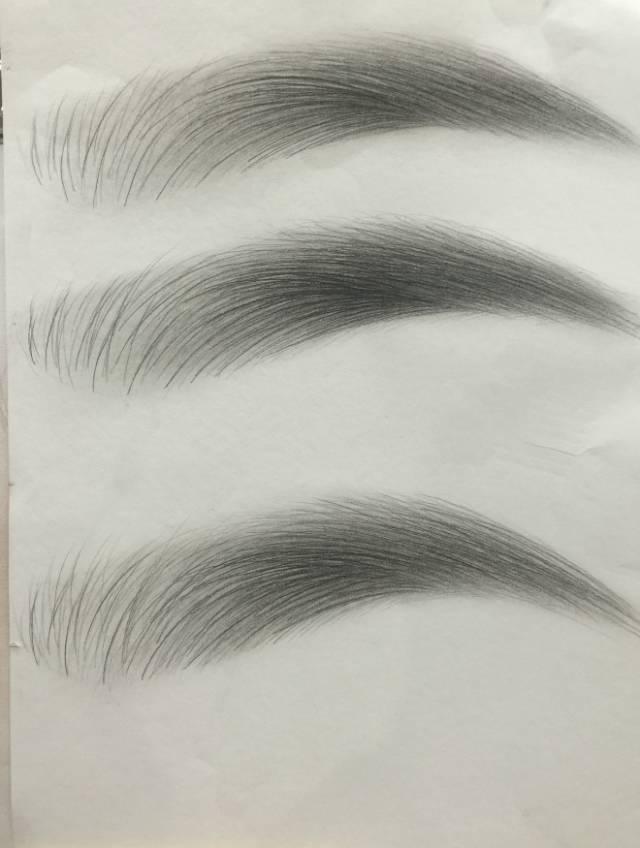 1,美妆素描眼睛的画法 3,户外写生及唇部素描 课程不断改革,一直被