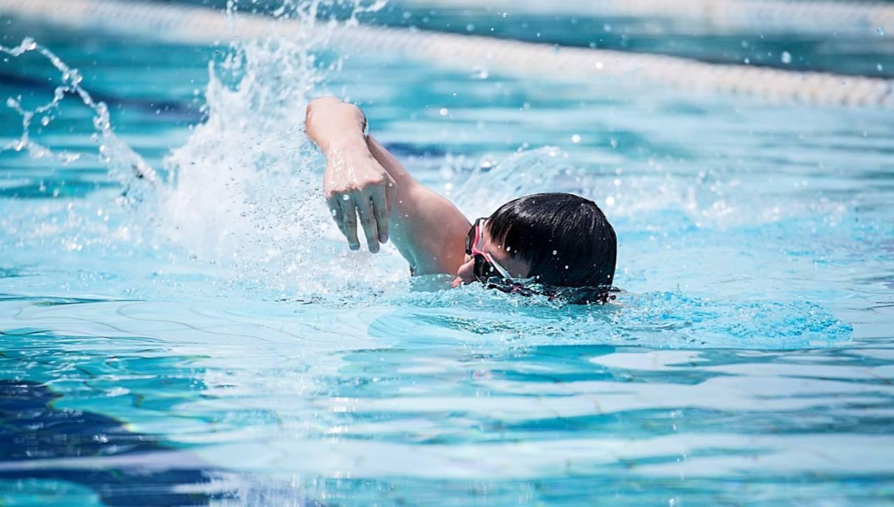 据说,爱游泳的人身材都超好