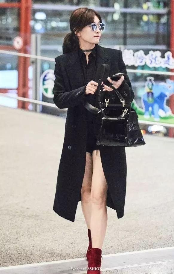 搭配 | 换季最时髦莫过于长外套+短裤 江疏影做了最佳示范