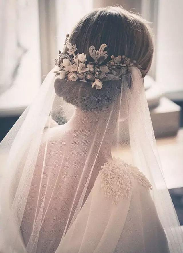 新娘造型巧搭配,头纱来点缀图片