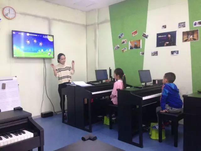 公开课 the one 智能钢琴教室,梦的启航让孩子爱上钢琴!