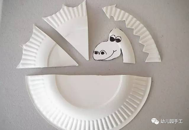 幼儿园创意飞龙手工制作教程,孩子很喜欢玩哦!