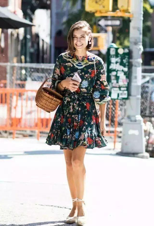 各路女神的时尚街拍,你以为只是一件衣服的距离~