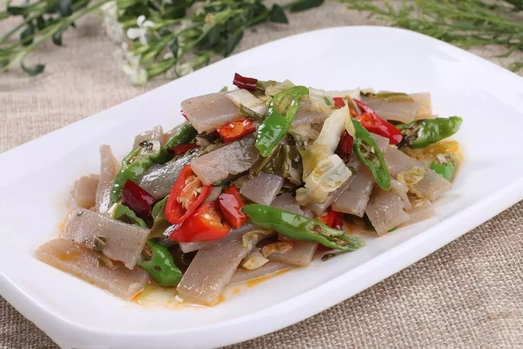 美食 正文  这种豆腐是农家纯手工制作,制作豆腐的黄豆也是农家种植的
