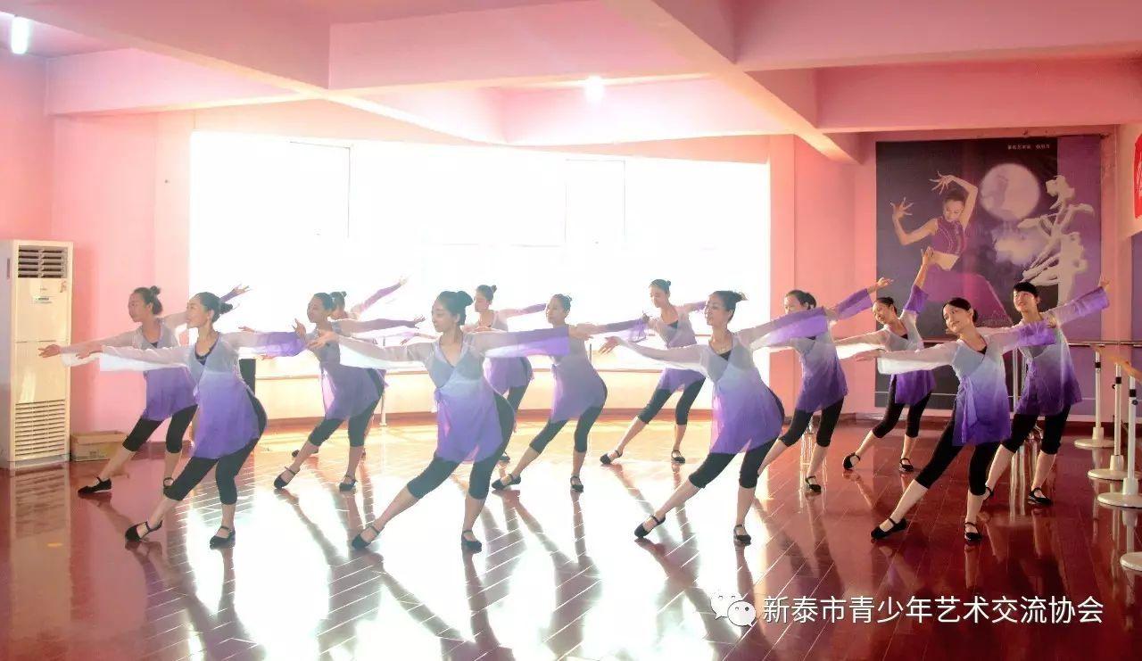 新泰华乐扁担学校舞蹈备课v扁担朱德的教师课后反思图片