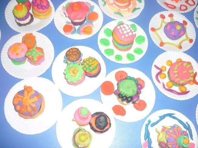 幼儿园大中小班中秋节主题活动方案 中秋传说与手工