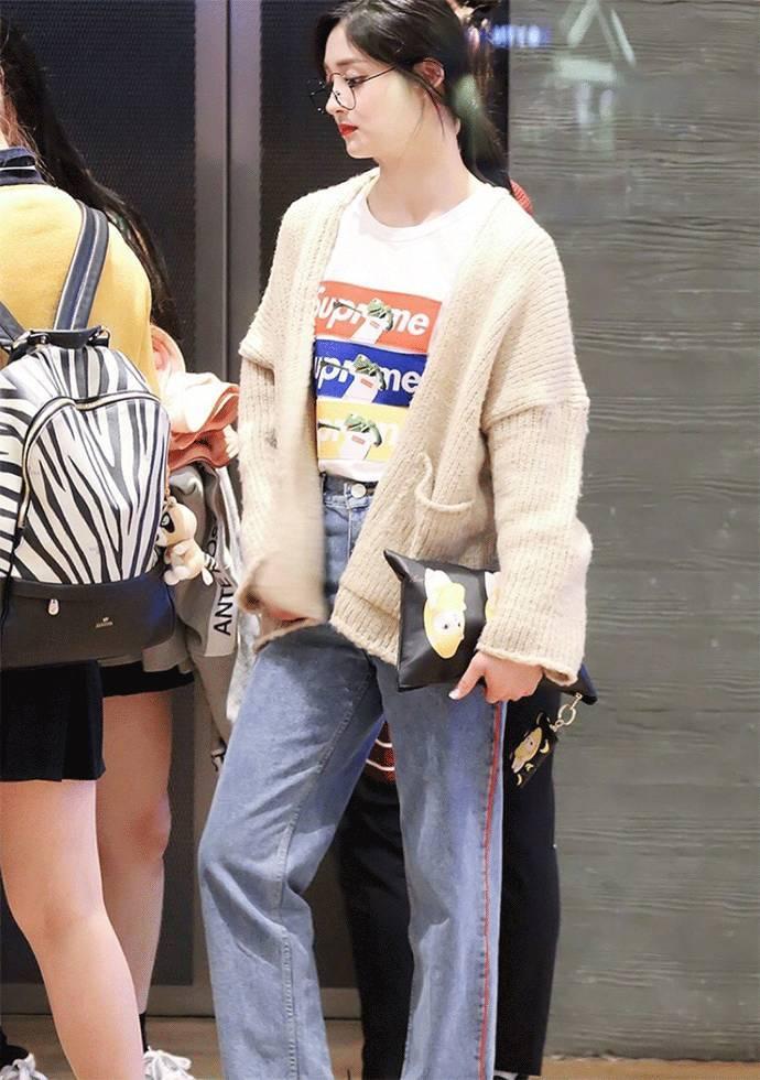 周洁琼:行走的邻家女孩时髦穿搭指南   星世界