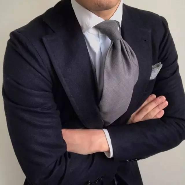绅士丨不仅是打领带,领带搭配你也需要跟他们学习学习