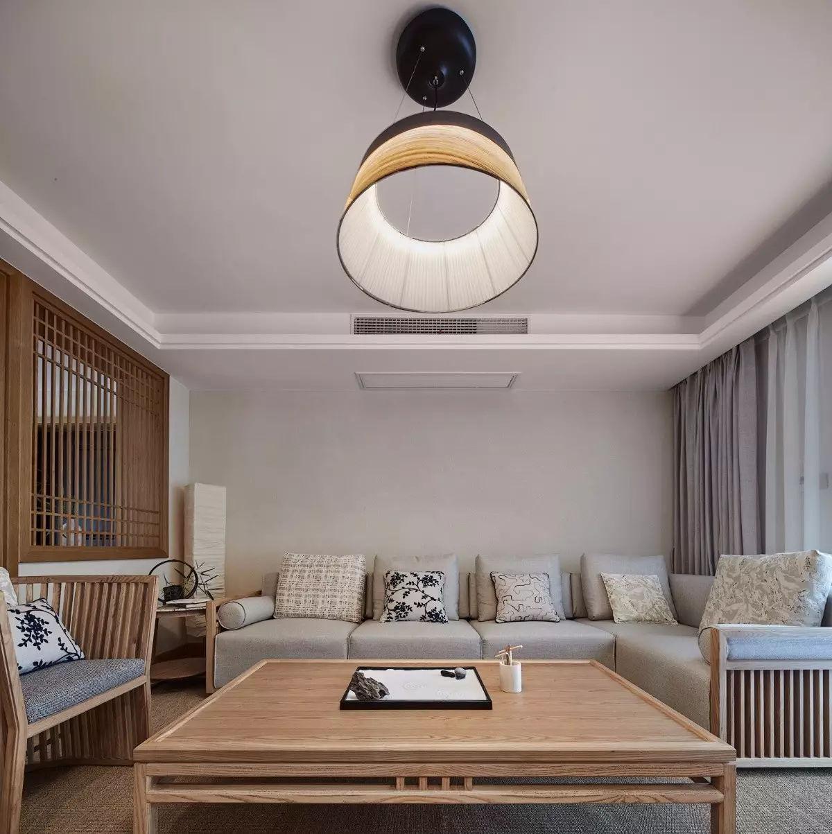 姐夫新装修135㎡日式原木风,电视背景墙居然有隐形门