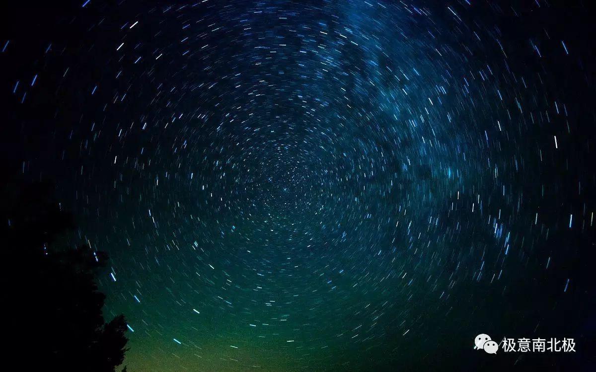 星空下的梦想原唱_仰望茫茫宇宙,浩瀚星空之中,蕴含着无穷的浪漫和梦想.