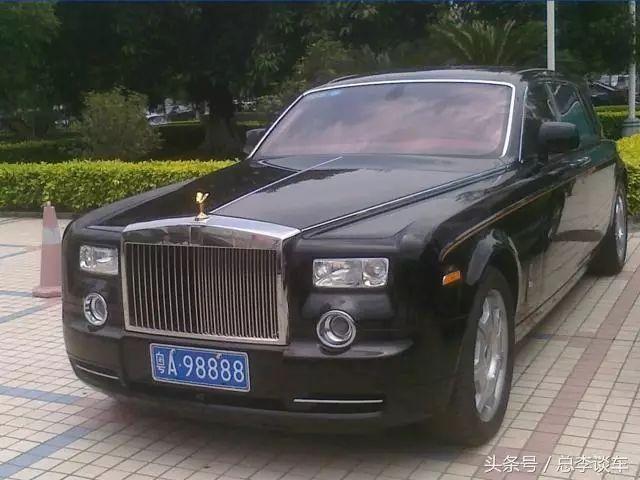劳斯莱斯标���+�.�9.b_粤a98888,金标劳斯莱斯幻影,这辆车也是许家印的座驾,车牌也不错,有
