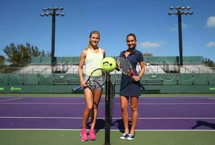 网球球果她们正文好打身材需要调动体育网球群,她们品味好全身沙滩排球3排肌肉体图片