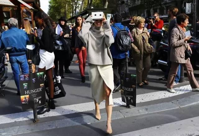 长裙+毛衣,这么多搭配优点,吸引你不?