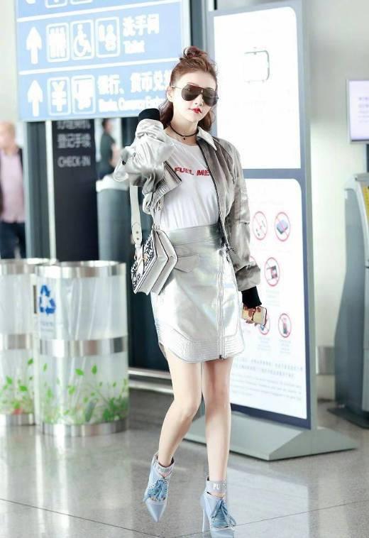 杨幂景甜都在背的Prada包包,也太好看了吧!