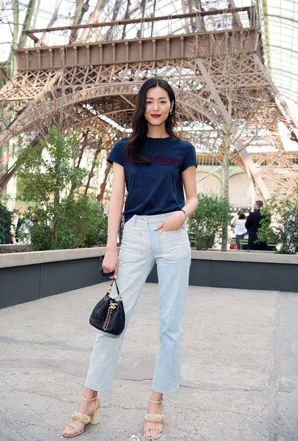 能把牛仔裤穿出时髦花样的,只服这个29岁的女子!