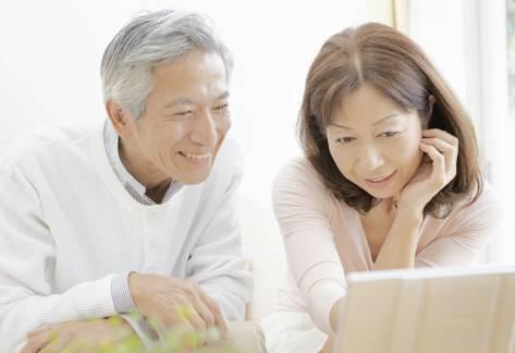 武汉白内障手术的黄金季节来了,给父母一片清晰光明视界!
