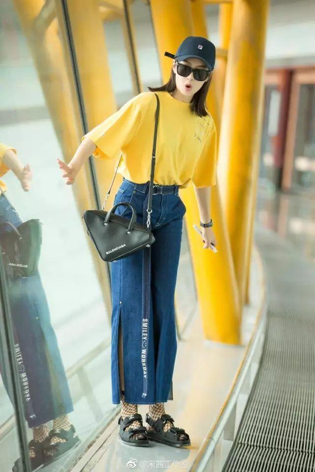 金小妹钟爱的开衩裤究竟有什么魅力?!