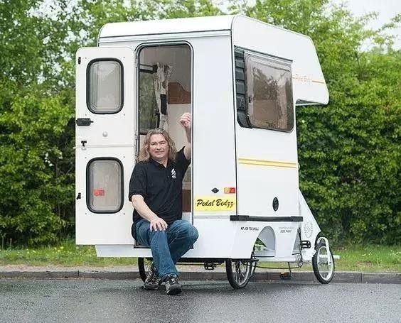 三轮车摩托车都可以改装了 那自行车肯定也是可以的 只不过这种房车