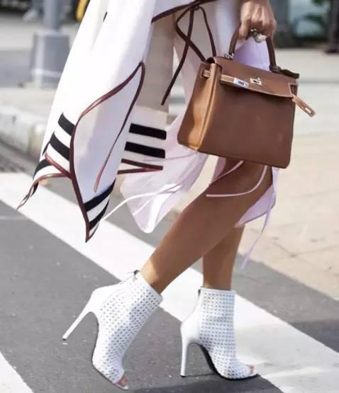 女生必须知道的包包和衣服的搭配技巧!! 9