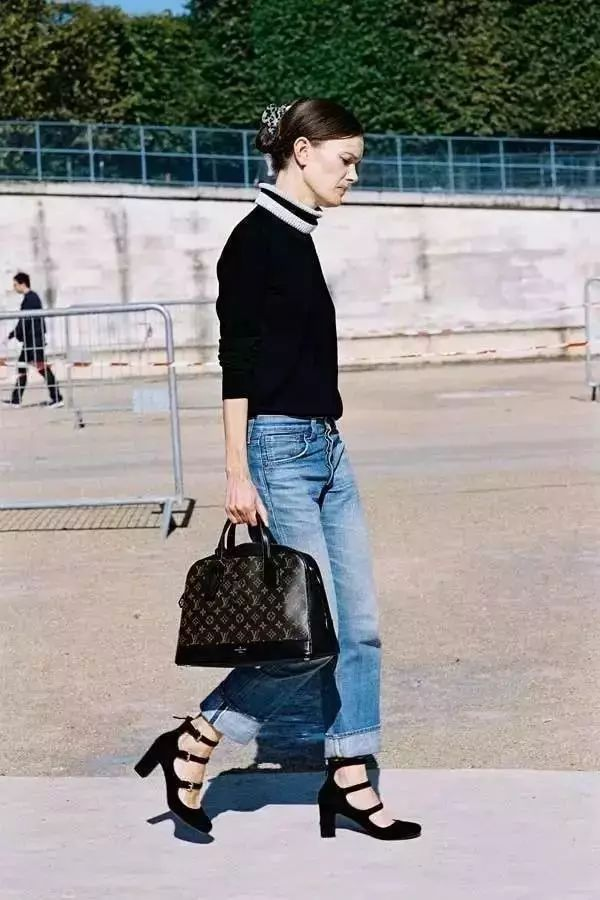 杨幂娜扎抢着穿的这双鞋,显高又显瘦,四季都能穿! 12
