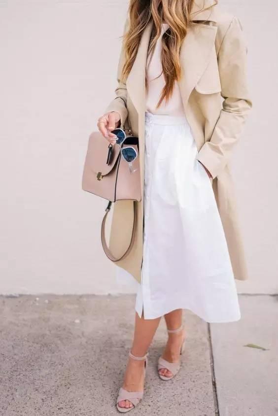 风衣+裙子,时髦又有女人味! 22