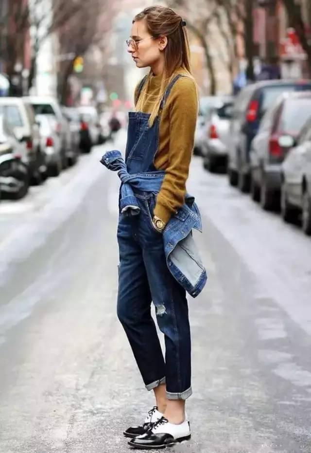 换季不知穿什么?女人就穿这几件最时尚的! 24