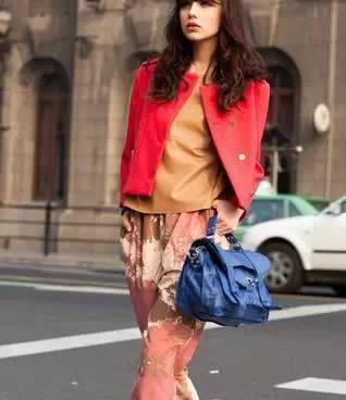 女生必须知道的包包和衣服的搭配技巧!! 12
