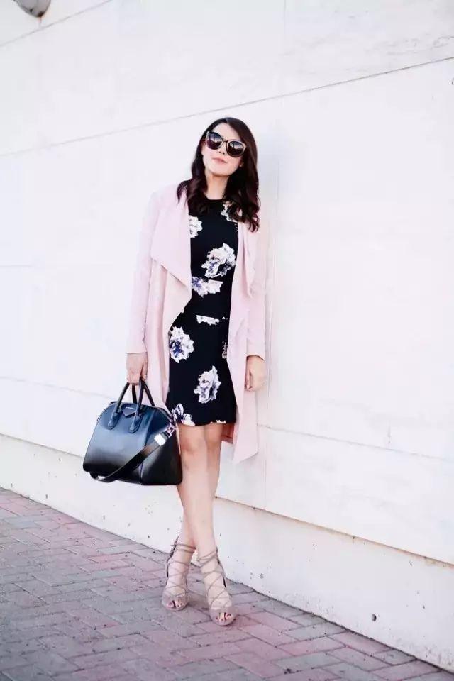 风衣+裙子,时髦又有女人味! 32
