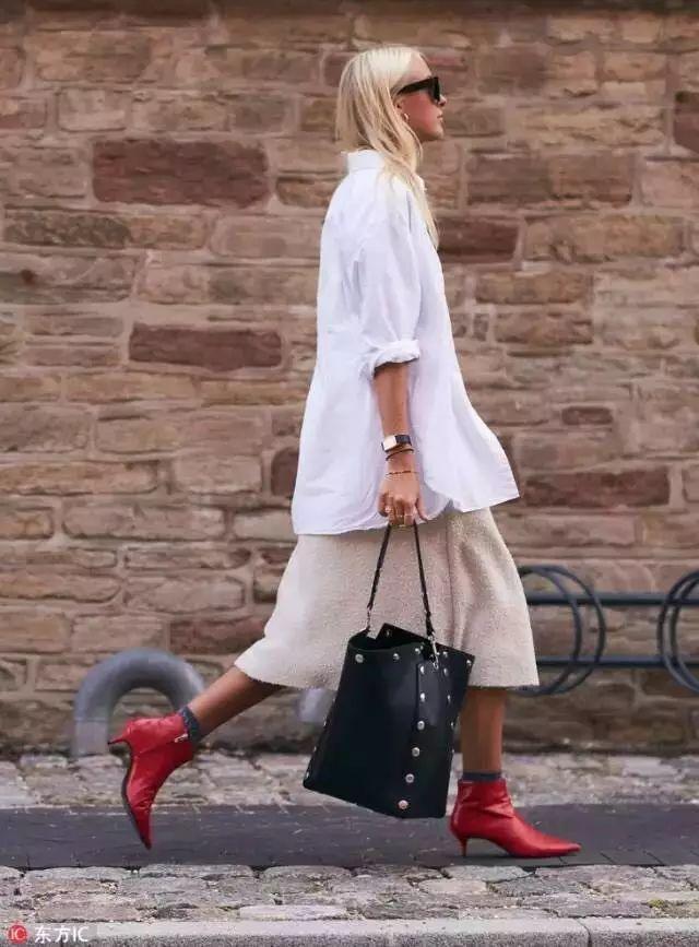 杨幂娜扎抢着穿的这双鞋,显高又显瘦,四季都能穿! 24