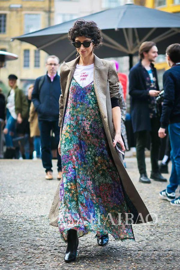 秋季要穿长裙+短靴,又仙又帅好看到犯规! 24