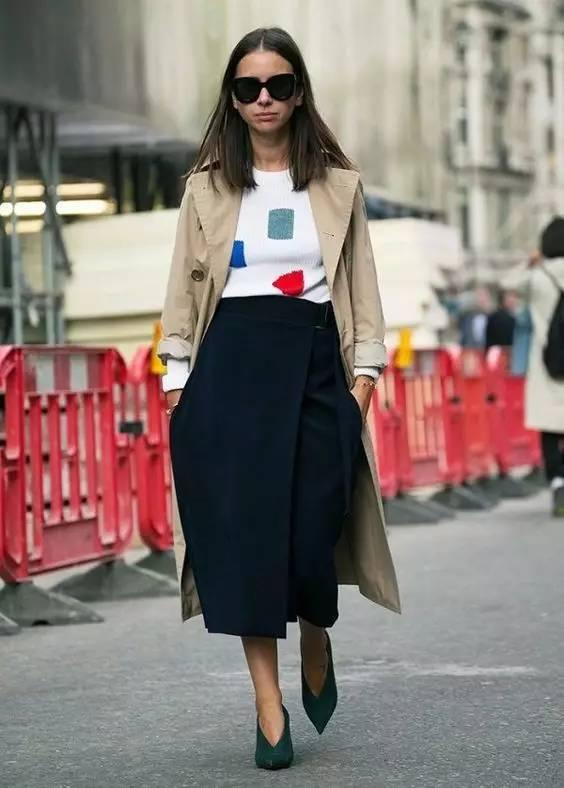风衣+裙子,时髦又有女人味! 26