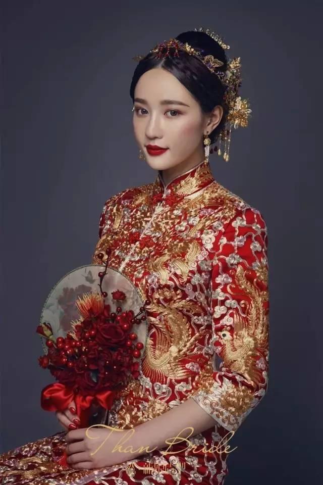 中式旗袍造型盘发