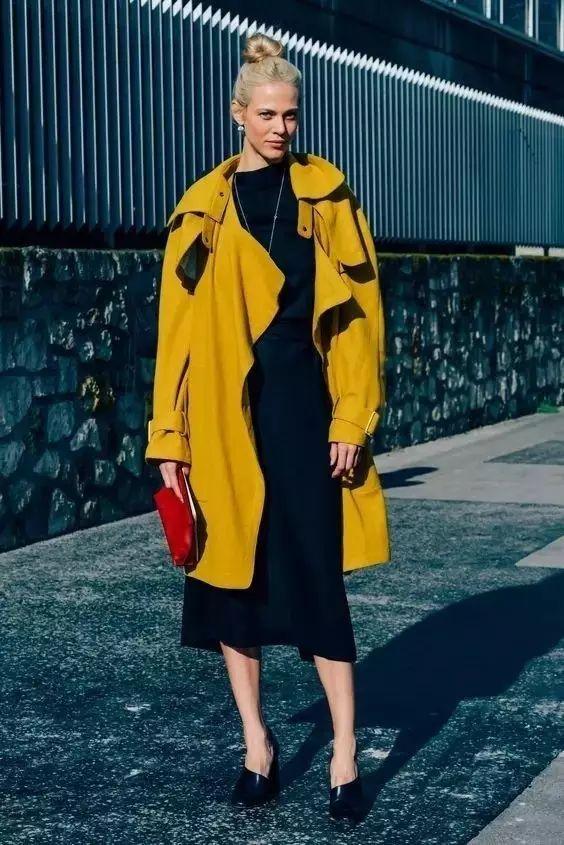 风衣+裙子,时髦又有女人味! 31