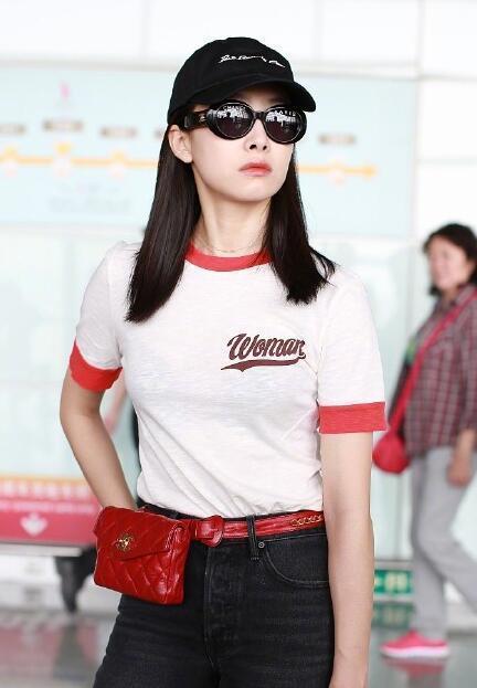 宋茜软萌打扮飞往巴黎时装周 网友:比赵丽颖穿得还好看! 9