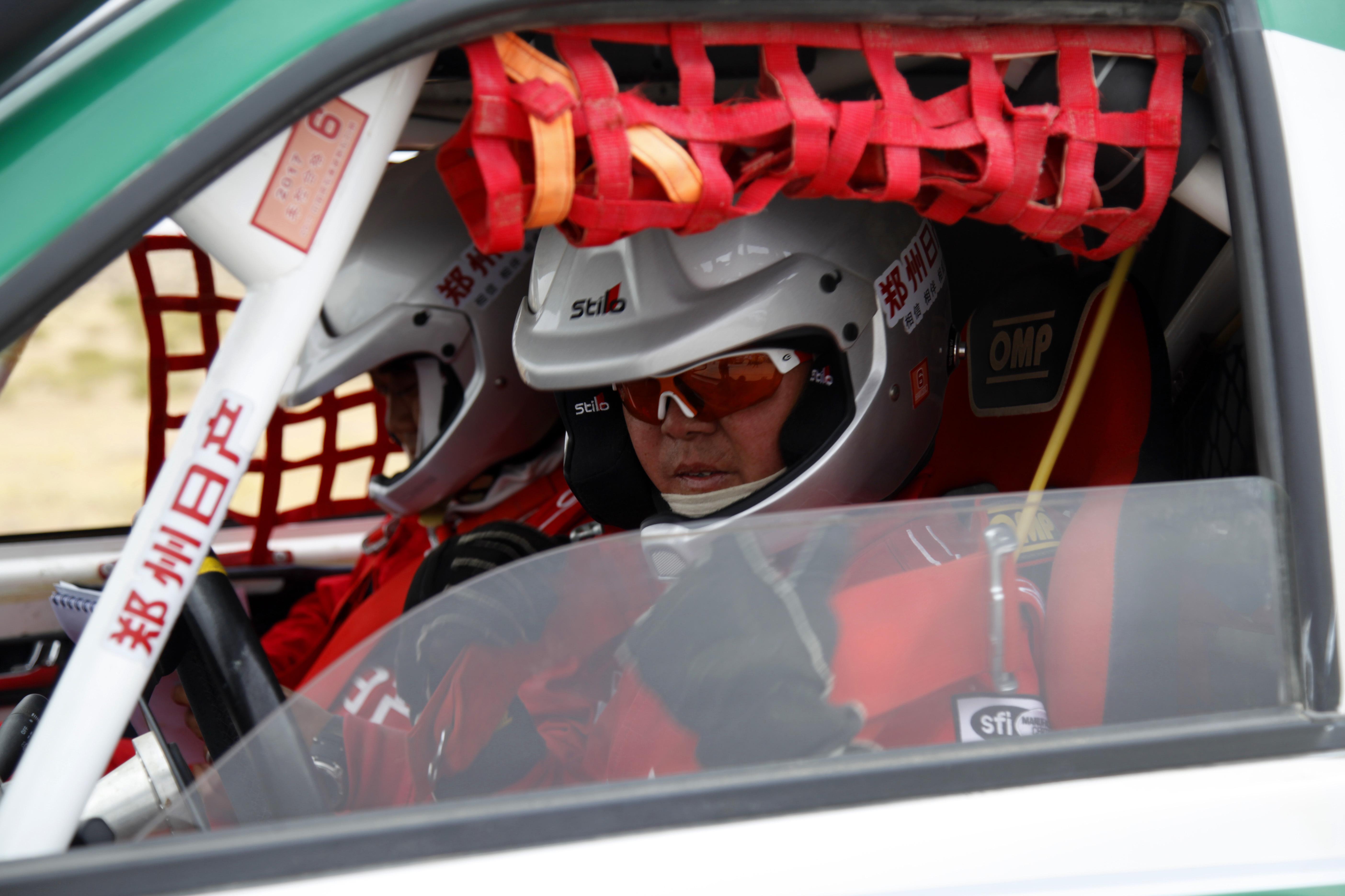 【直击达喀尔】SS2赛段,日产锐骐车手领先江西五十铃3分18秒,获得赛段冠军
