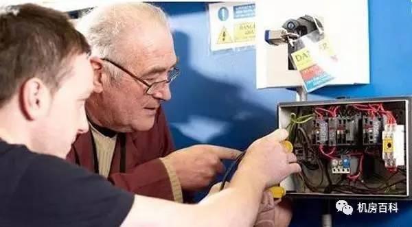 高级电工和电气工程师区别图片
