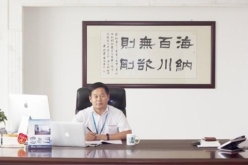 宁波方正汽车模具有限公司总经理 方永杰