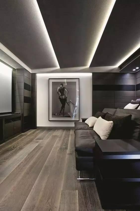 除了出现在吊顶上,墙面,地面也可以设计灯带,柔和不刺眼,丰富空间
