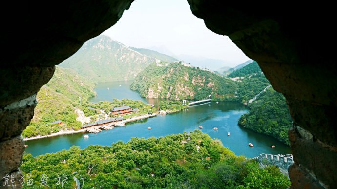 十一家庭游好去处,黄花城水长城,登长城看风景吃栗蘑