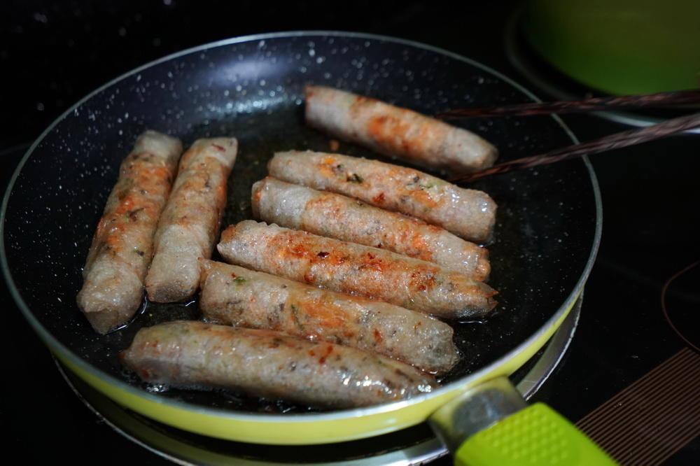 中国的春卷现在是越南的国菜,带你看普通家庭如何制作?