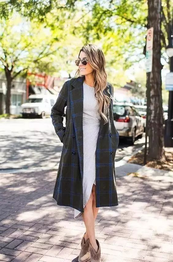 【搭配】秋天穿这样穿连衣裙,不要太美了! 15
