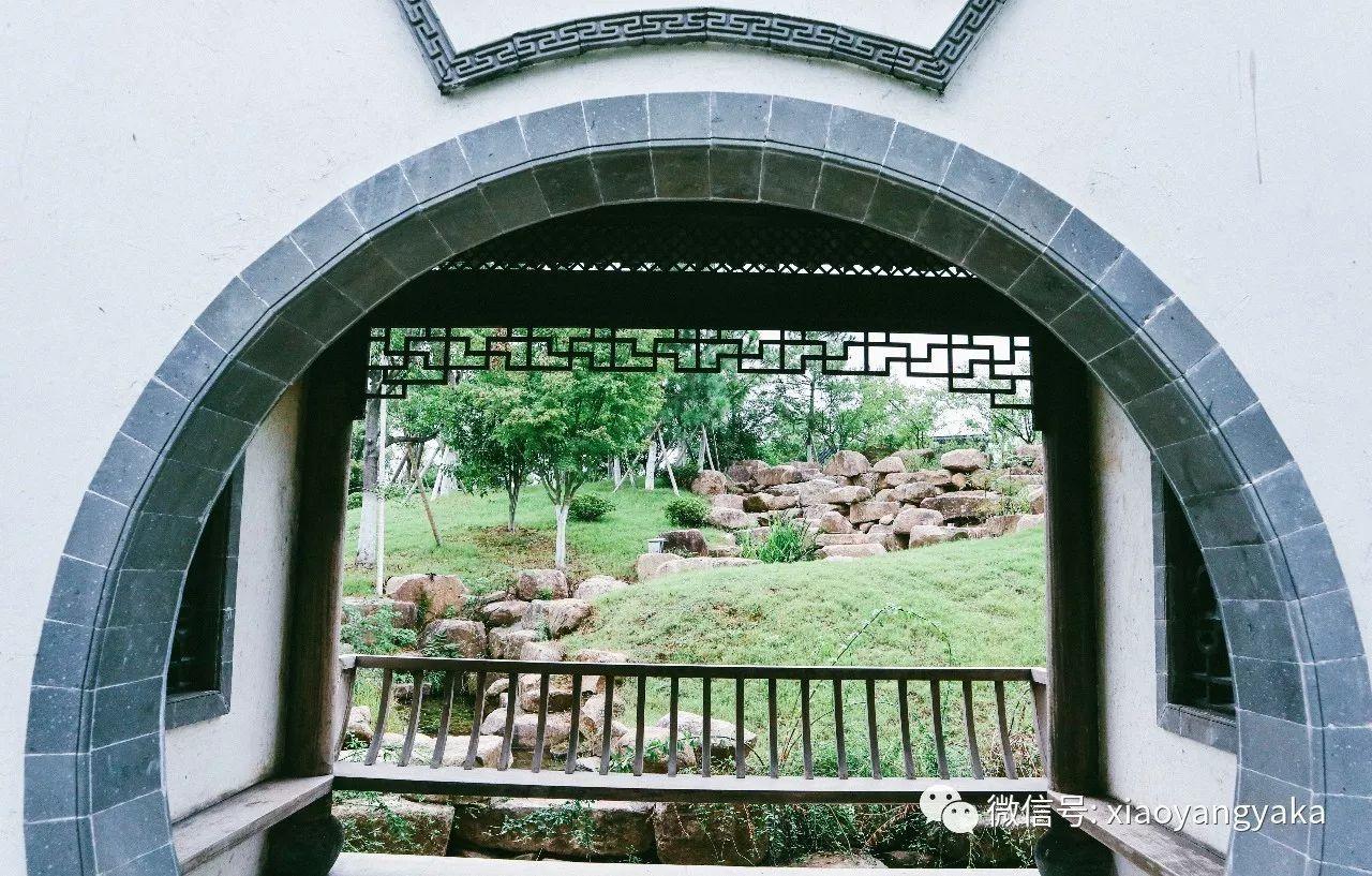 十一推荐丨隐藏在千年古城里的星级酒店,无处不在的徽派艺术,古老民国的传送门……带你走进逃离烦恼的TOP1圣地!
