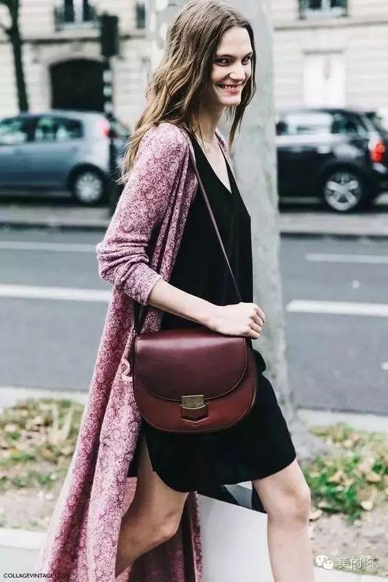 【搭配】秋天穿这样穿连衣裙,不要太美了! 26