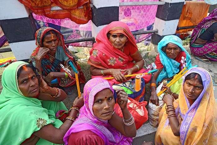印度人对女儿存偏见 出嫁需要倒贴彩礼 婚后穷人出租老婆
