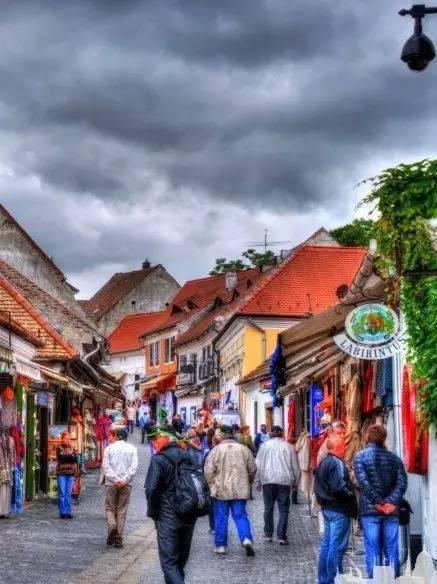 它是中欧被忽略的小国,生活品质却高到爆棚!