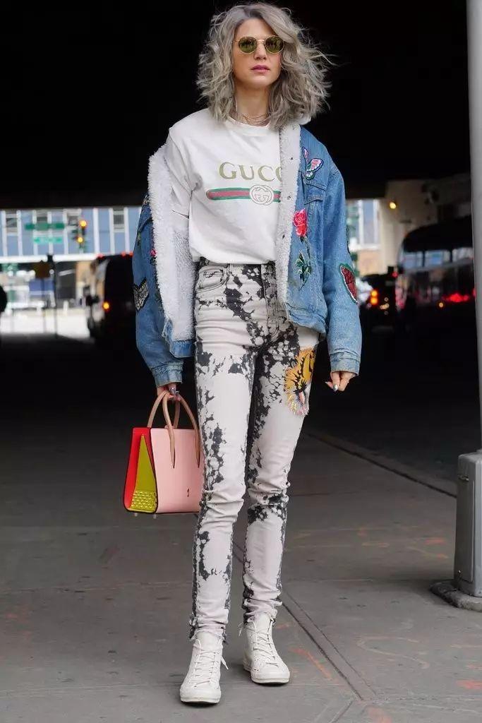 牛仔+刺绣帅到没朋友,简单外套穿出百变造型!