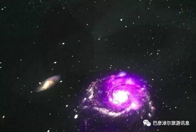 可以看到地球内部结构剖面图,地球的三维成像,银河系星空,还有会跳舞