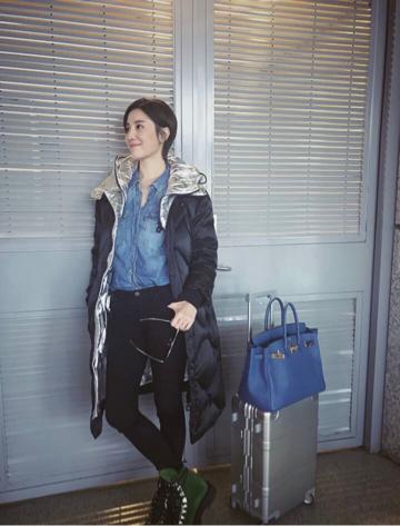 她是女明星机场时尚的领头羊,就算麻袋上阵依然漂亮! 5