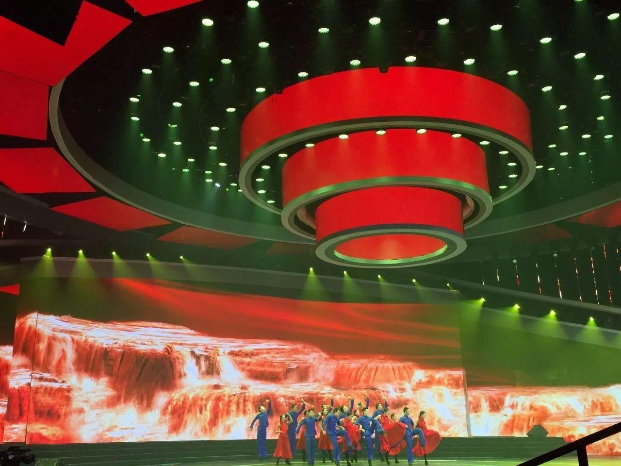 [预告]中国梦·祖国颂 | 恺撒堡献瑞迎国庆,吴牧野《我的祖国》述爱国