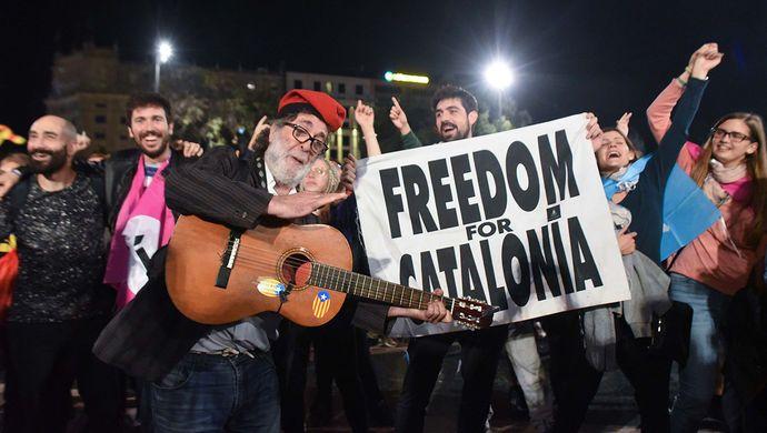 独立公投90%投票赞成脱离西班牙,加泰罗尼亚